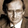 """""""Cafeneaua critică"""", a XXIV-a ediţie, cu criticul literar Mircea Martin"""