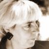 Iolanda Malamen, Mihail Gălăţanu şi Dinu Flămând la Târgul Naţional al Cărţii de Poezie