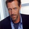 """Cartea lui Hugh Laurie (vedeta serialului """"Dr. House"""") a fost lansată în România!"""