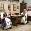 """Expoziţie itinerantă: """"Naşterea Domnului. Obiceiuri de Crăciun din Carintia Austria"""""""