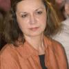 """Cocktail de genuri literare: """"FEM"""" de Magda Cârneci, un roman al revelaţiei realului"""
