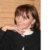 Flavia Cosma lansează trei noi titluri în România