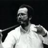 Dirijorul Amaury du Closel, alături de Orchestra de Cameră Radio din Bucureşti
