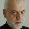"""Bogdan Ghiu, """"CVsm – Atelier de identități"""" la Craiova"""