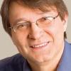 Florin Iaru vorbește despre prozele sale la Cafeneaua critică