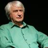 """Spectacol de poezie,""""Mai tare decât moartea e iubirea"""", susținut de actorul  Emil Boroghină"""