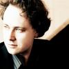 Pianistul german Alexander Schimpf, pe scena Sălii Thalia a Filarmonicii de Stat din Sibiu