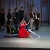 Balerinul Xander Parish, membru al Companiei de Balet a Teatrului Mariinsky din Sankt Petersburg, pe scena Operei Naționale București