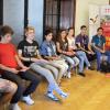 """Elevi din 6 oraşe din România participă la """"Raftul cu experienţe"""""""