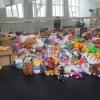 """Peste 800 de jucării strânse în Campania """"J.O.C."""" a Operei Comice pentru Copii au fost donate copiilor defavorizați"""