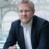 """Kasper Holten, directorul Operei Regale din Londra, Comandor al Ordinului Național """"Serviciu Credincios"""""""