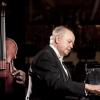 Violonistul Bogdan Văcărescu și pianistul Julian Jacobson, în seria Concertelor Enescu de la ICR Londra