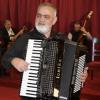 """""""Regele acordeoniștilor"""", Ionică Minune, concertează pe scena Teatrului Molière din Bruxelles"""