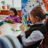 Scrisori de 8 Martie, de la copiii rămași acasă, pentru mamele plecate să muncească în străinătate