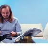 Victor Miron și Adrian Balcău au pregătit pentru iubitorii de lectură semnul și suportul de carte bookmArk
