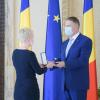 Președintele României, Klaus Iohannis, a conferit Teatrului Național din Timișoara, prin managerul său, Ada Hausvater, ordinul Meritul Cultural în grad de comandor